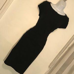 Sz 10 Cache Black Dress Slimming! Fits like an 8